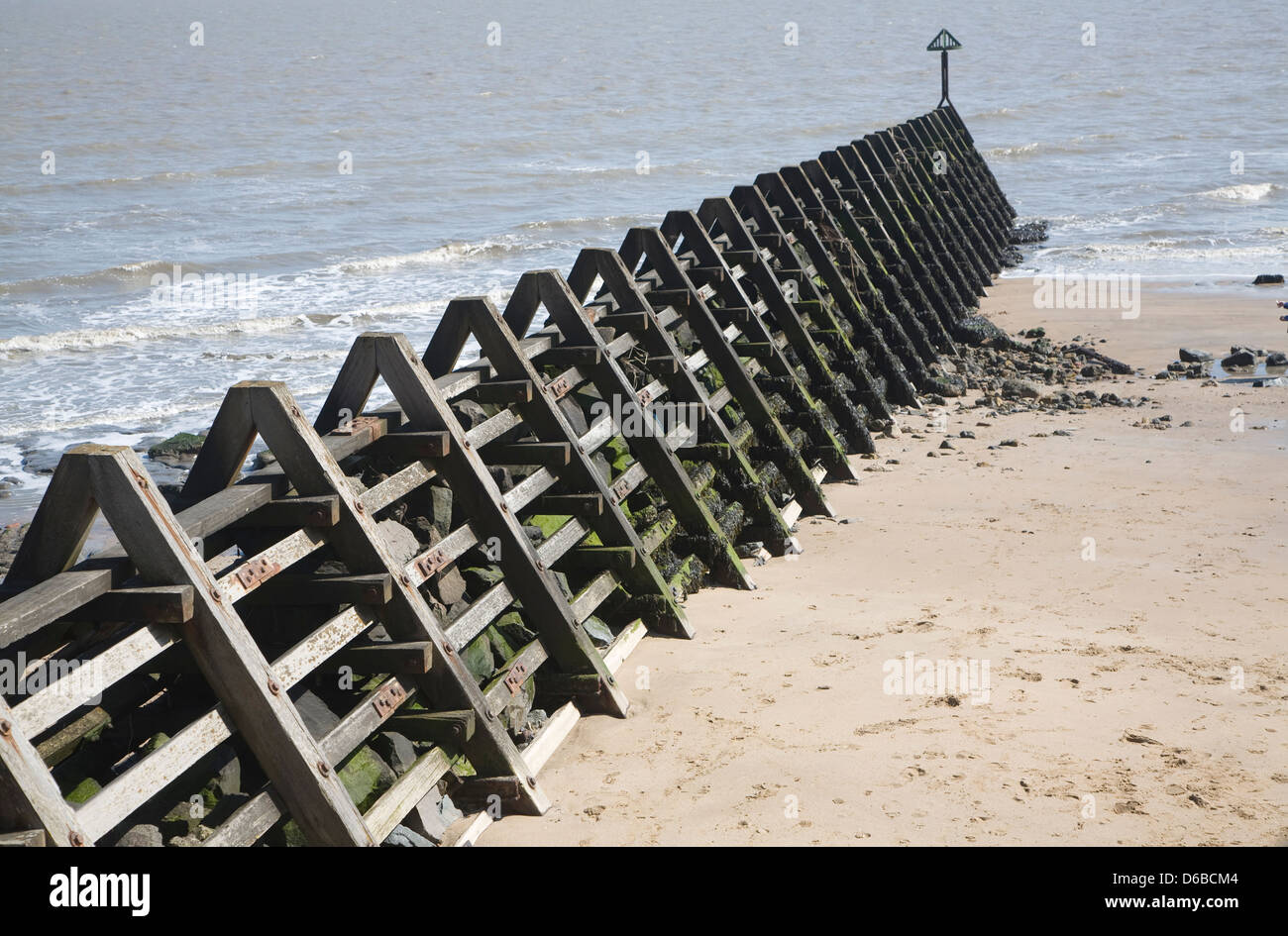 coastal defences Drainage and coastal management managing the drainage and coastal  environment in swansea to manage local flood risk and deliver the  requirements of.