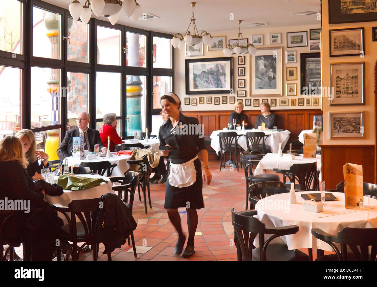 Magdeburg germany cafe hundertwasser haus in magdeburg for Design hotel magdeburg
