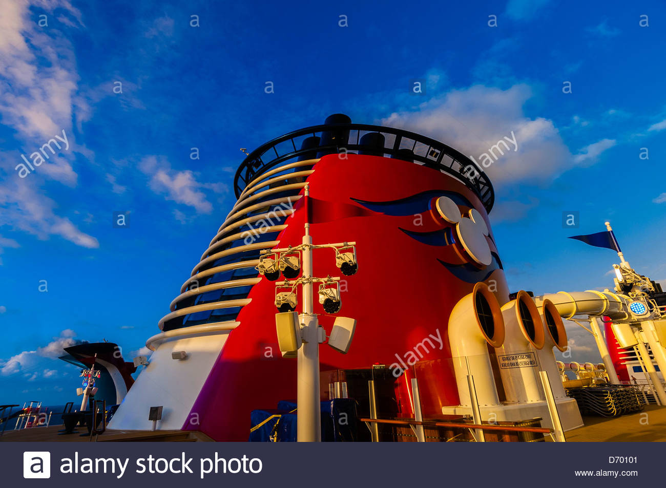 Art Deco Smoke Stack Disney Dream Cruise Ship Nassau The - Is there smoking on cruise ships