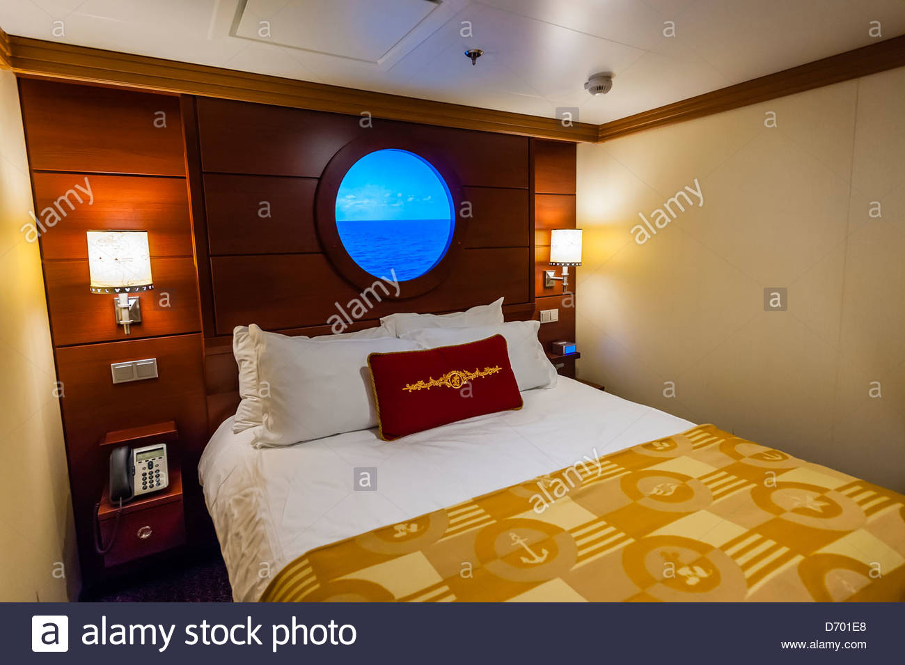 A Virtual Porthole In A State Room Disney Dream Cruise Ship - Stateroom on a cruise ship