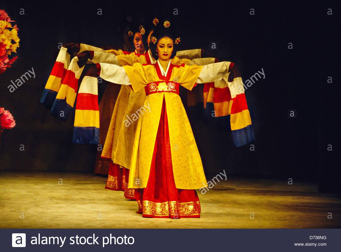 Traditional Korean Music Performance: Molgae at LMU