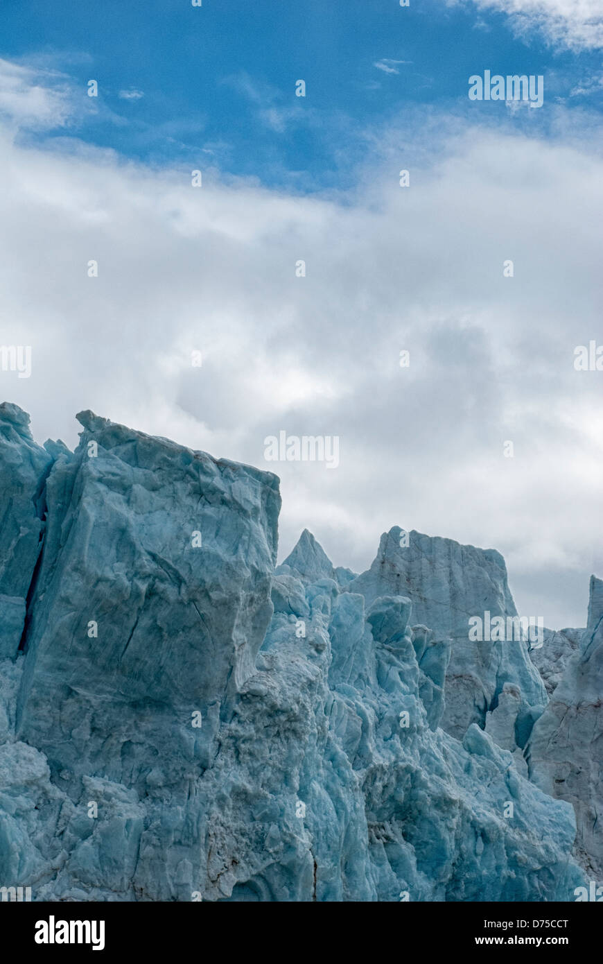 face-of-the-14-july-glacier-krossfjord-s