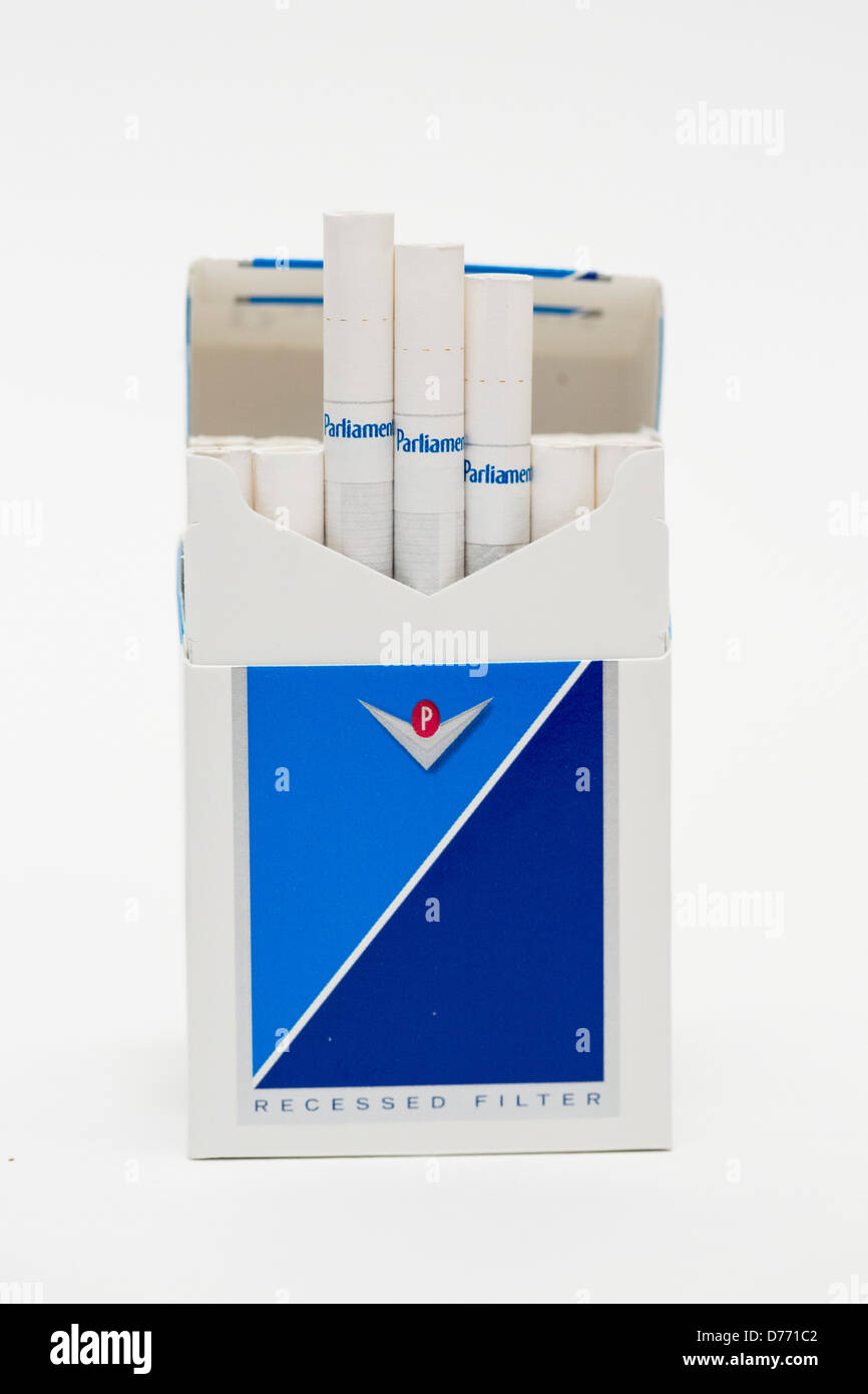 Marlboro cigarettes USA carton price