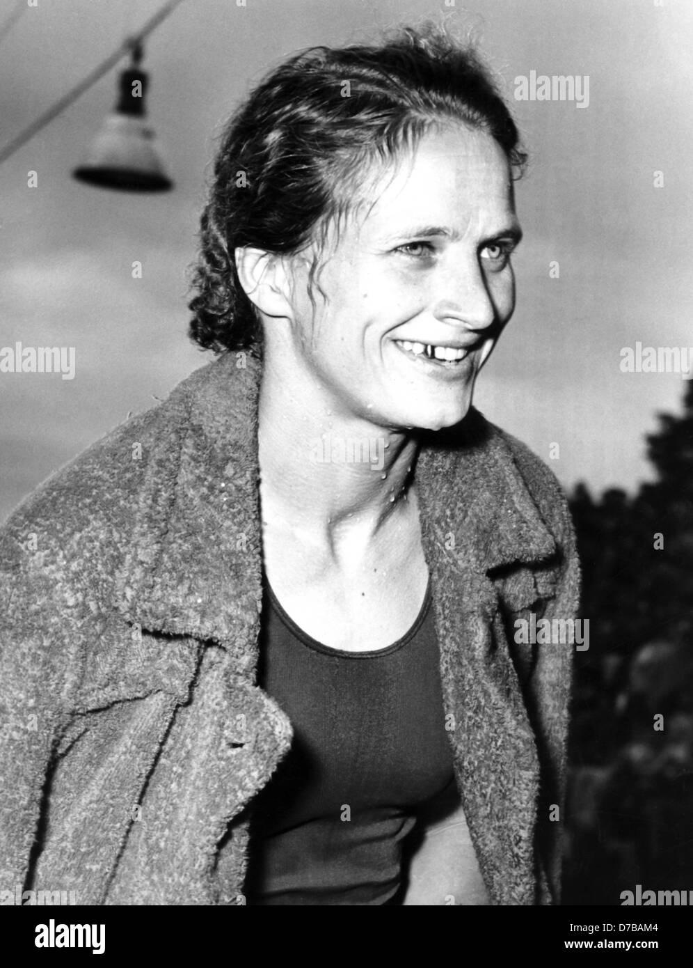 """Resultado de imagen de """"Ursula Happe"""" swimmer"""