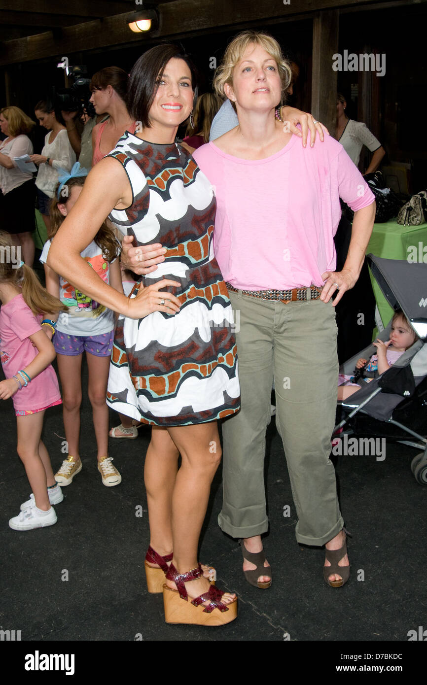 Alexandra Wentworth Jessica Seinfeld And Alexandra Wentworth Baby Buggy Bedtime Bash