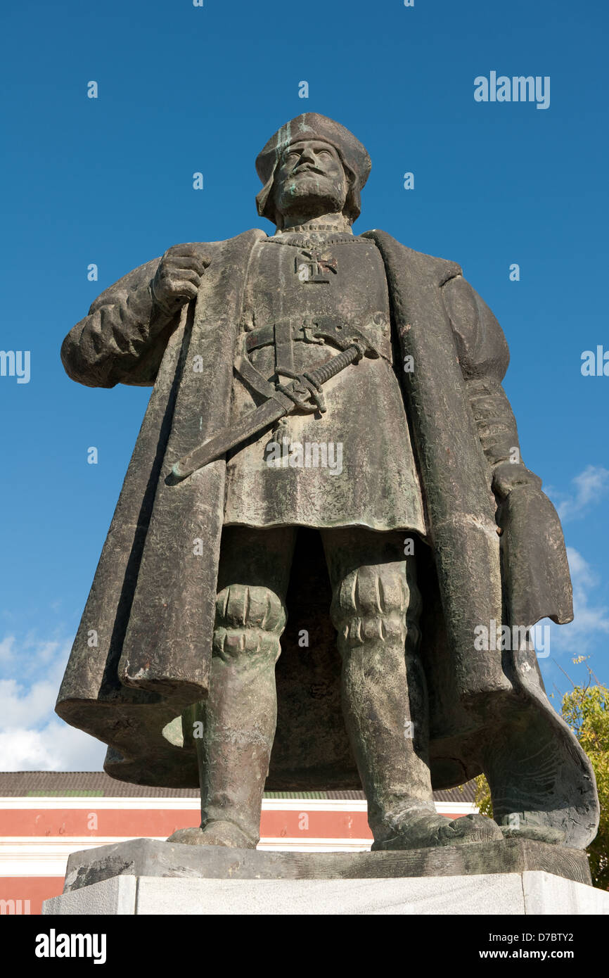 Statue Of Vasco Da Gama In Front Of The Palace Museum