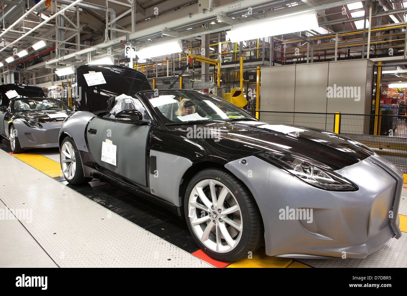 Inside Jaguar Car Plant In Castle Bromwich, Birmingham On The Production  Line Of The New F Type Sports Car. March 12th, 2013