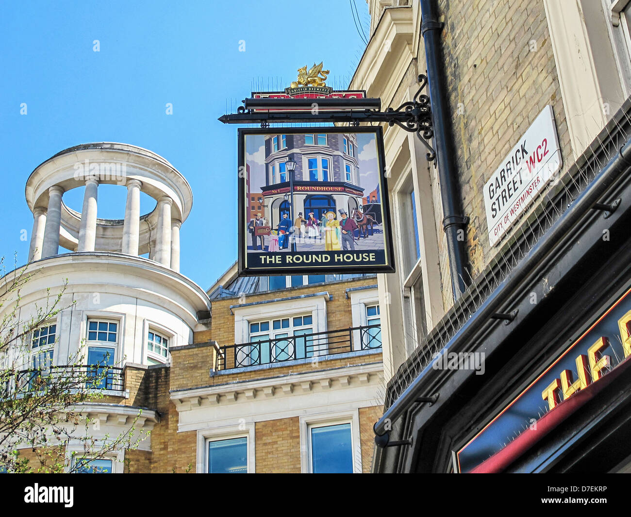 Pleasing The Round House  Pub Sign In Garrick Street Covent Garden  With Remarkable Stock Photo  The Round House  Pub Sign In Garrick Street Covent Garden  London With Amusing Tree House For Garden Also Country Garden Design Ideas In Addition Oeco Garden Rooms Reviews And Jade Garden Boothtown As Well As Burleydam Garden Centre Additionally Garden Furniture Protection From Alamycom With   Remarkable The Round House  Pub Sign In Garrick Street Covent Garden  With Amusing Stock Photo  The Round House  Pub Sign In Garrick Street Covent Garden  London And Pleasing Tree House For Garden Also Country Garden Design Ideas In Addition Oeco Garden Rooms Reviews From Alamycom