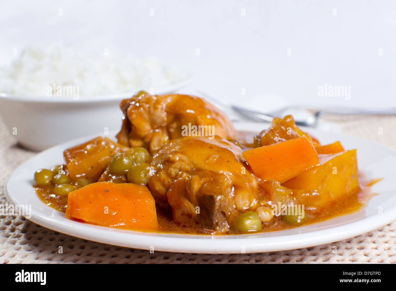 chicken stew with potatoes carrots and peas