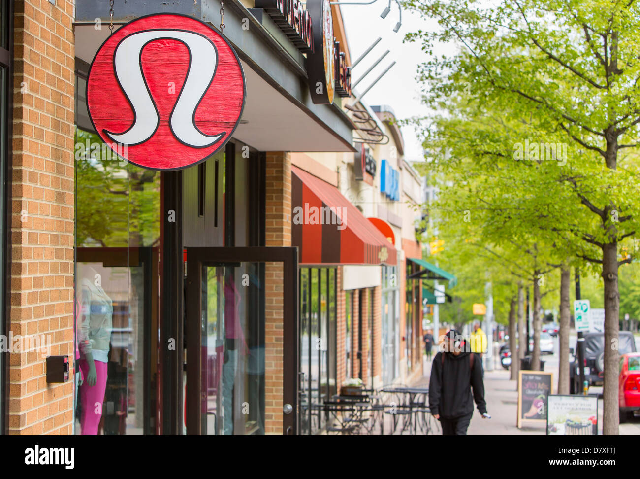 LuluLemon USA has a network of shops, which you can find in majority of American towns, maybe even in your own. You can find a complete list of shops, opening hours and maps below on this page. You can find a complete list of shops, opening hours and maps below on this page.