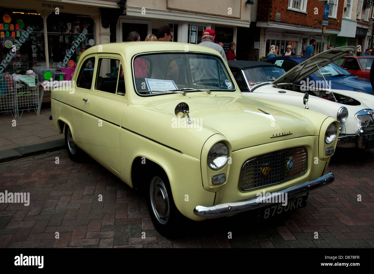 Transport motor show at faversham in Kent all types of classic ...