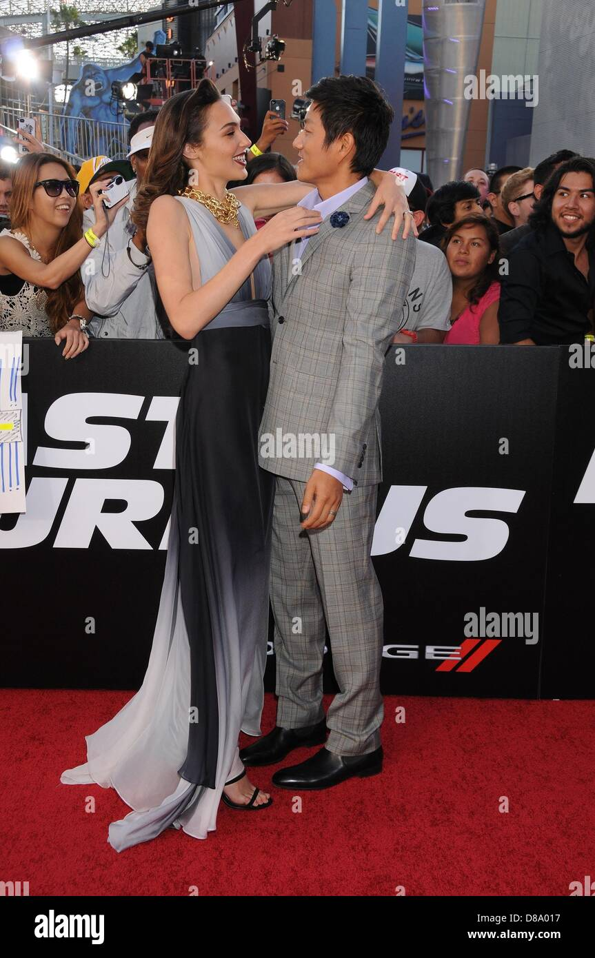 Gal Gadot And Sung Kang Fast And Furious 6   www.imgkid ...