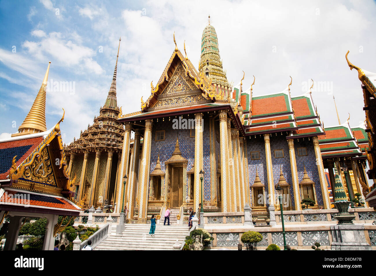 The Prasat Phra Dhepbidorn (the Royal Pantheon) and Phra ...