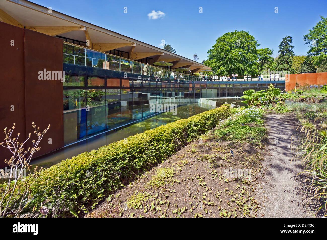 Gateway restaurant john hope gateway in royal botanic for Garden gateway