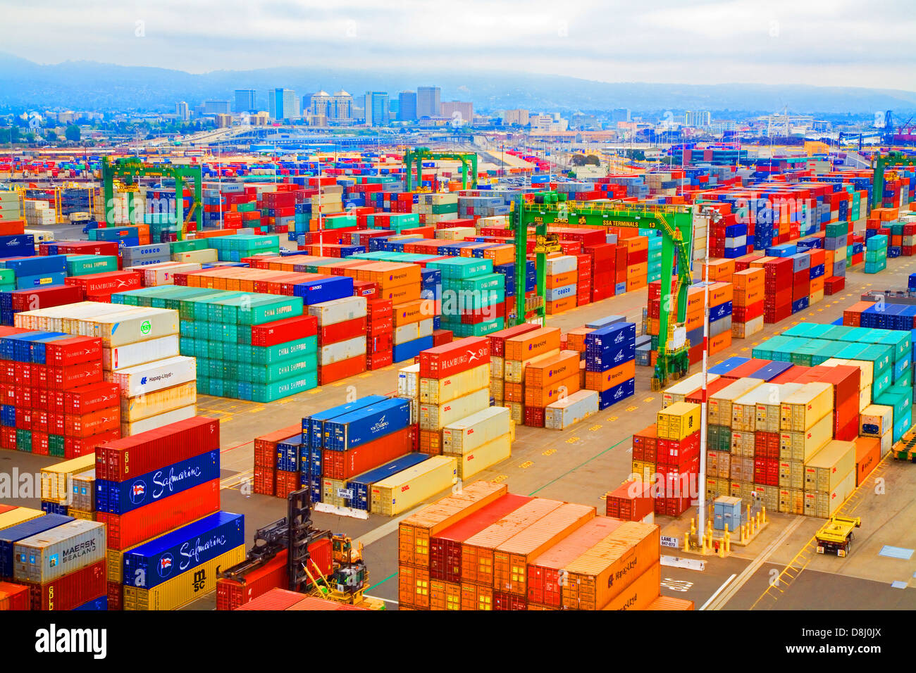 Oakland California Shipping Containers Await Loading On - Shipping containers