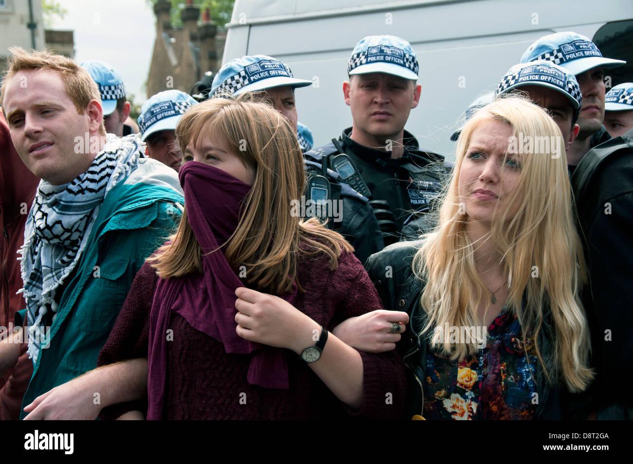 [Image: group-of-young-uaf-unite-against-fascism...D8T2GA.jpg]
