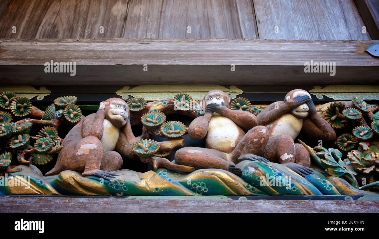 Three wise monkeys wooden ornaments - Three Wise Monkeys See No Evil Hear No Evil Speak No Evil