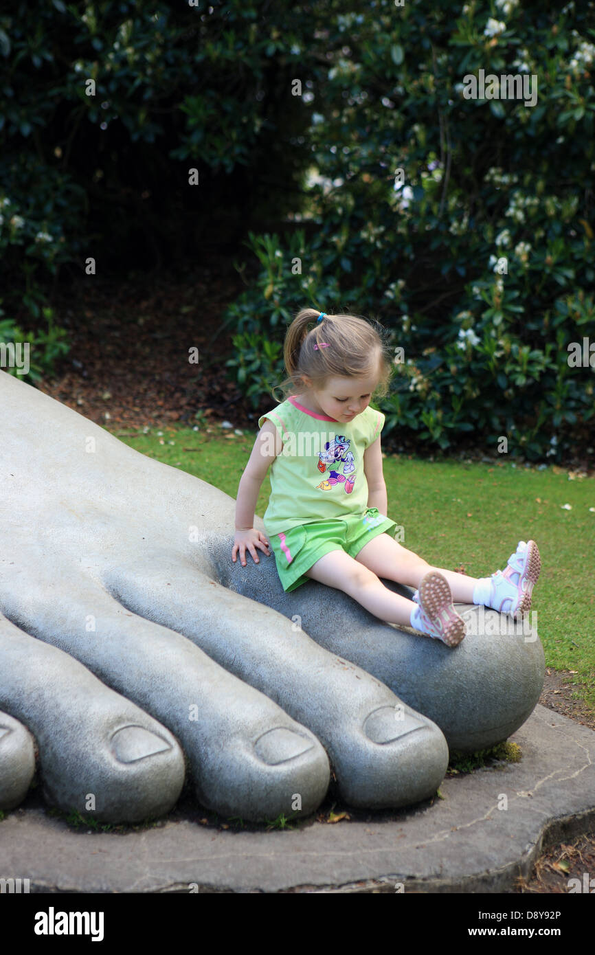 foot-sculpture-at-bellahouston-park-in-g