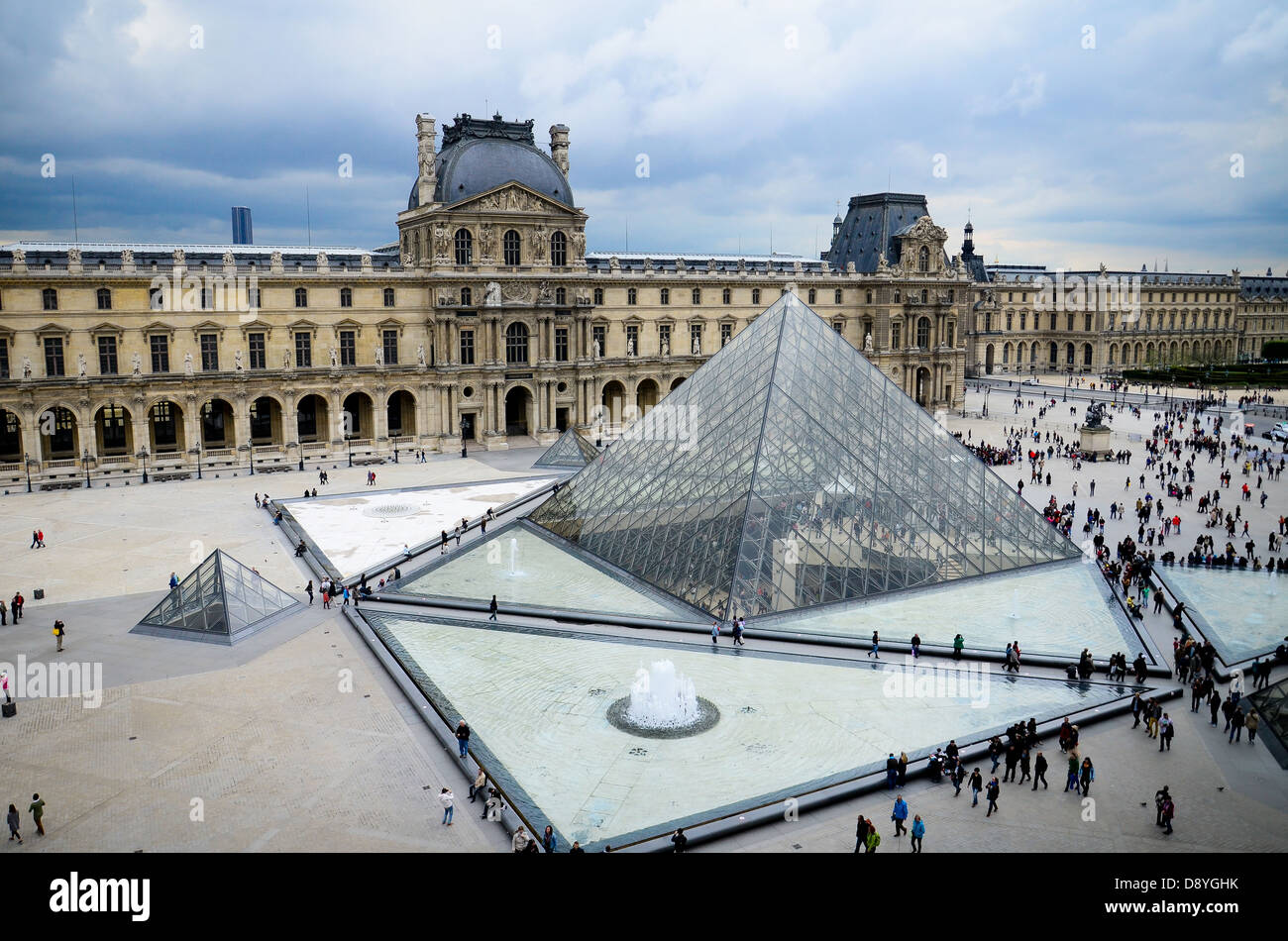 glass pyramid at loure museum paris stock photo 57154095 alamy. Black Bedroom Furniture Sets. Home Design Ideas