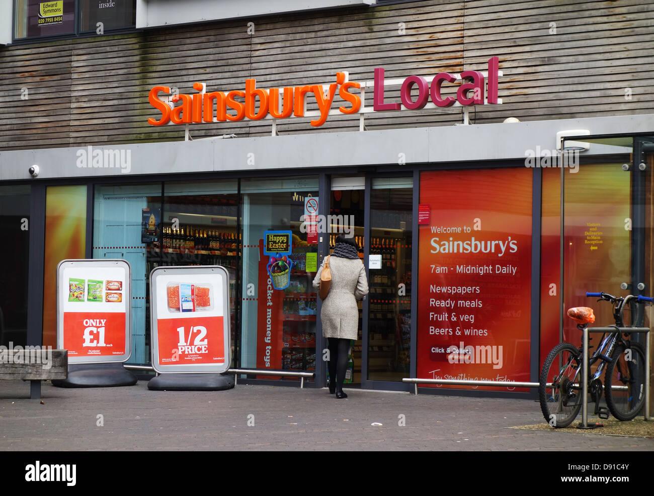 White apron sainsburys - Sainsbury S Local Store Uk Stock Image