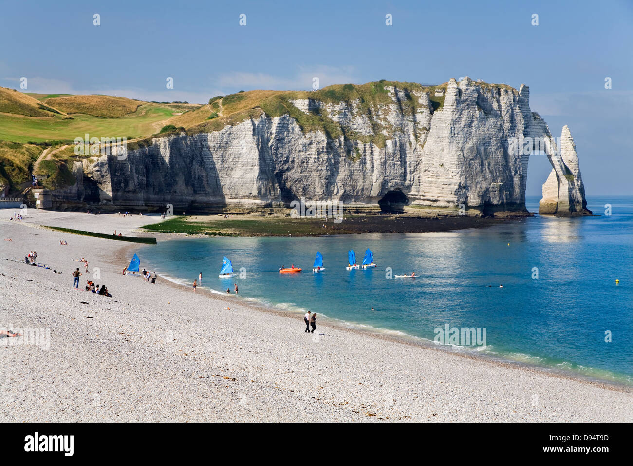 cliffs natural arch and stone beach in etretat le havre stock photo royalty free image. Black Bedroom Furniture Sets. Home Design Ideas