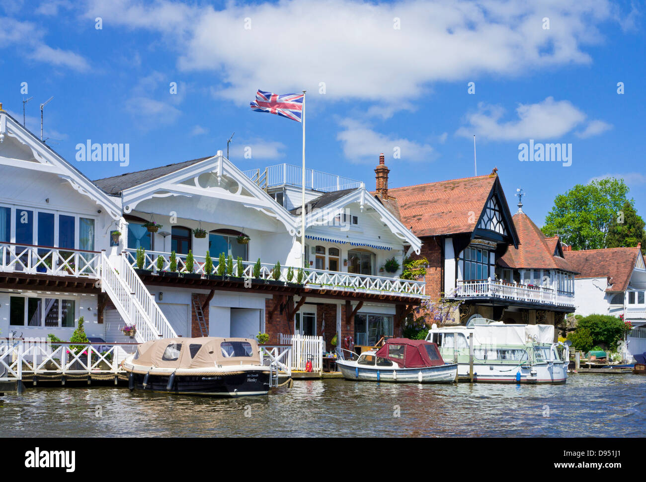 Riverside Houses At River Thames Henley On Thames
