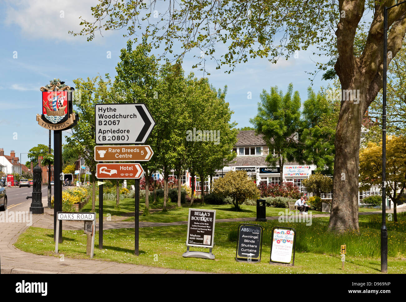 Street Furniture And Road Signs At A Road Junction In Tenterden - Road sign furniture