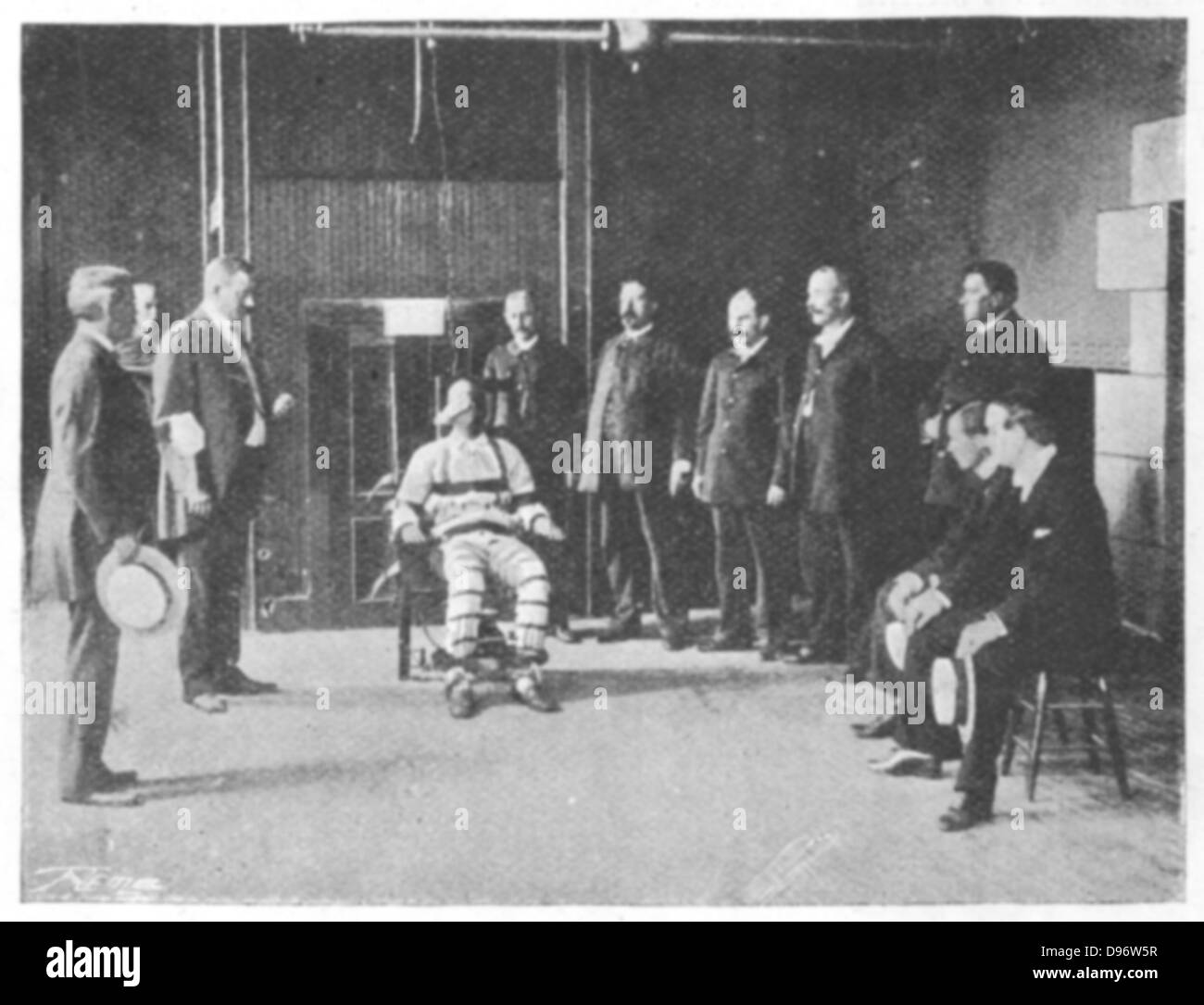 First electric chair victim - Execution By Electric Chair Sing Sing Prison New York Usa The Execution