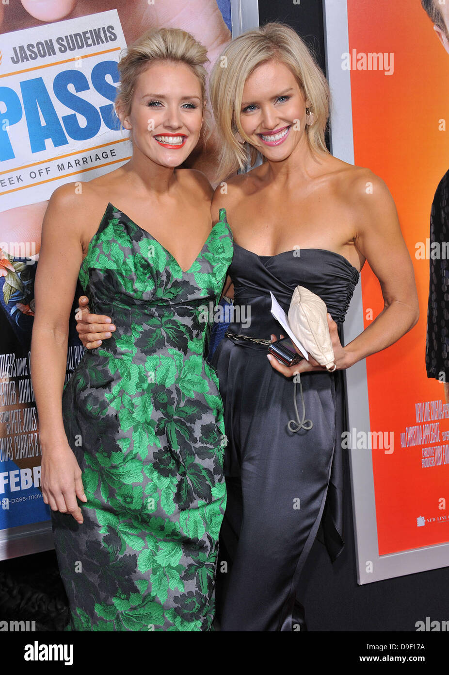 Gallery images and information nicky whelan hall pass gif - Nicky Whelan And Her Sister Los Angeles Premiere Of Warner Bros Pictures Hall
