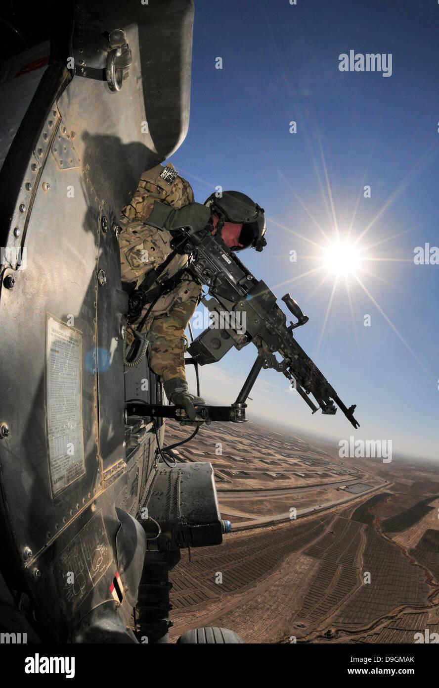 us army machine gunner