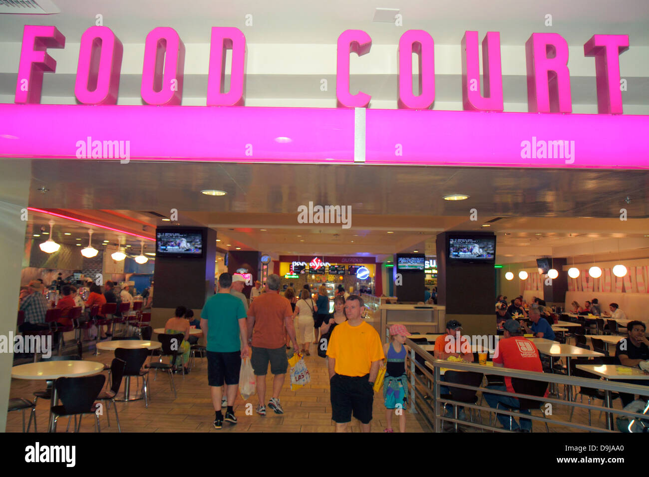 Fast food restaurant search strip