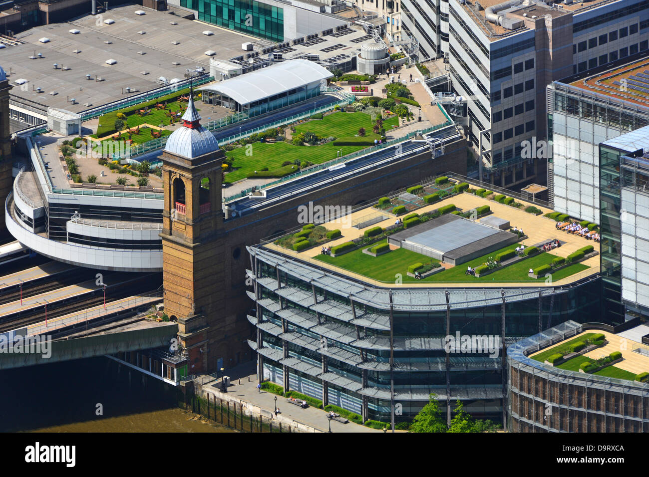 Roof Top Gardens On Top Of Cannon Street Train Station And On Roofs Of  Adjacent Buildings