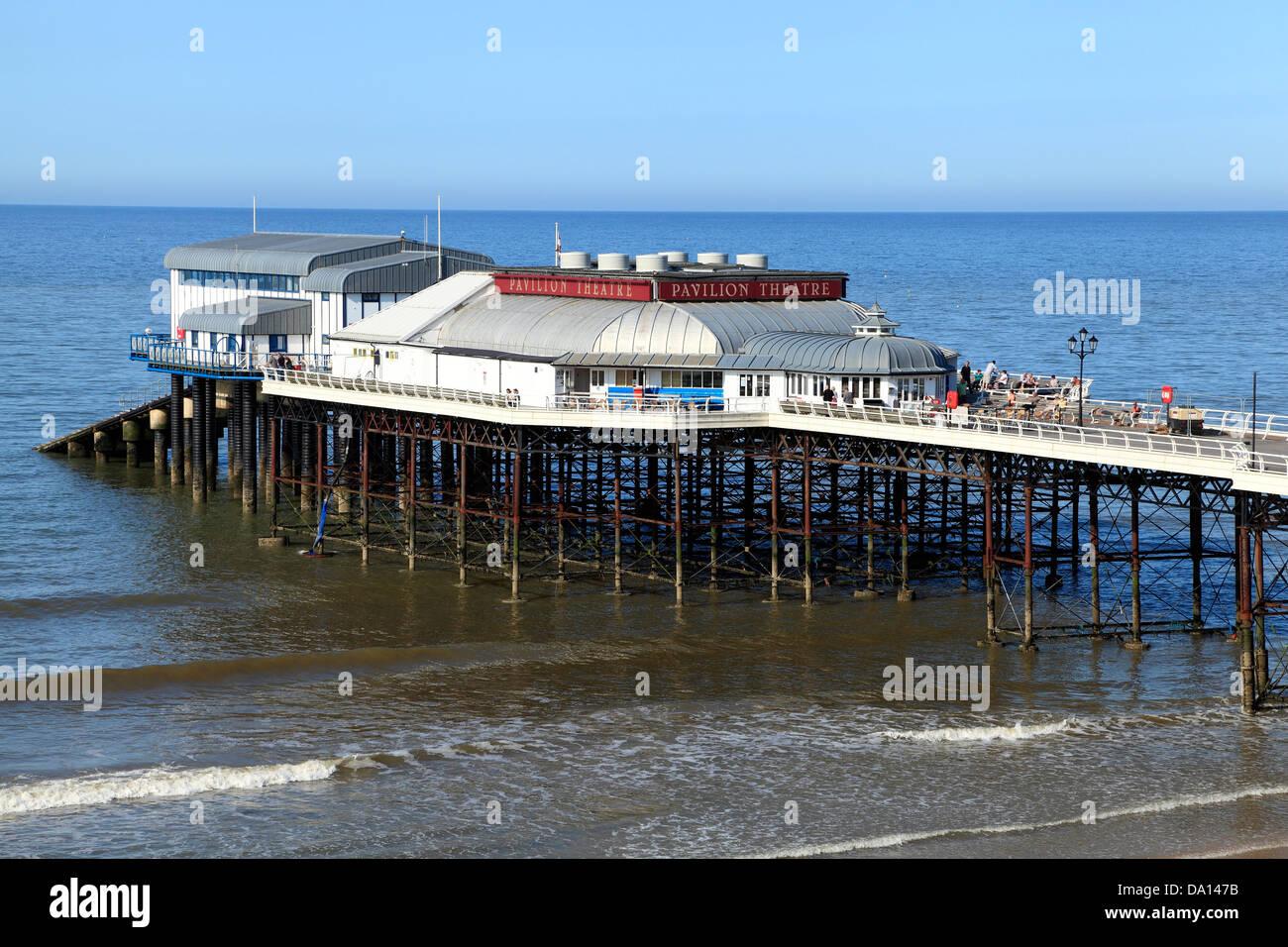 Cromer Pier And Beach Norfolk England Uk Coast North Sea Resort Pavilion Theatre English Victorian Piers