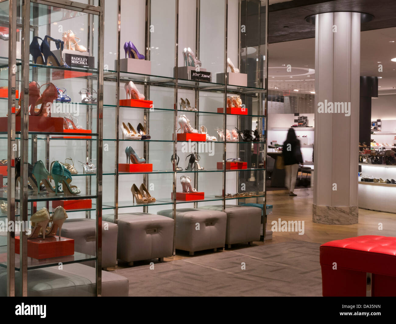 Hudson's Bay opens the largest women's shoe store in Canada at its