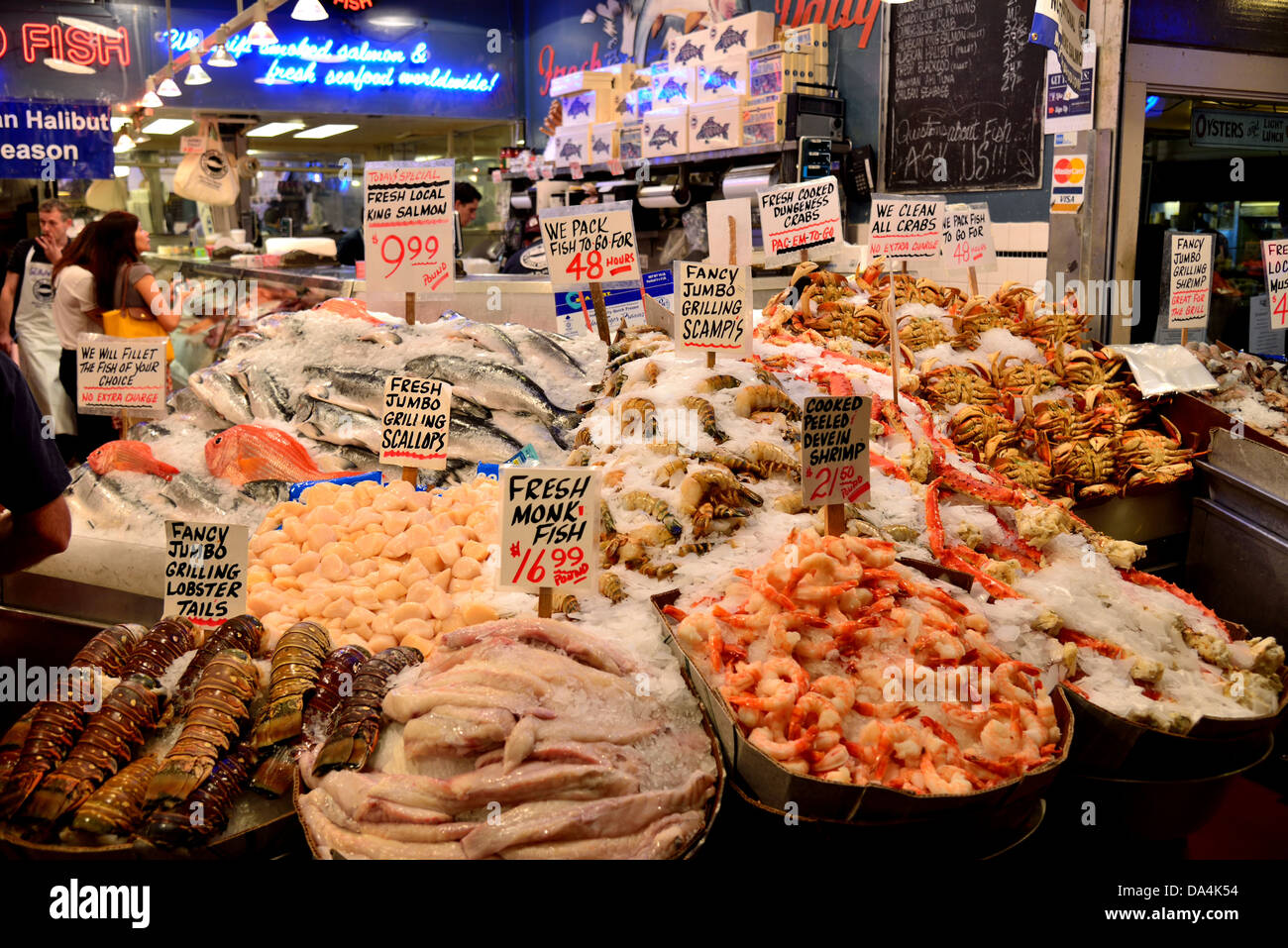 Fresh seafood stand at the pike 39 s place public market for Fish market seattle
