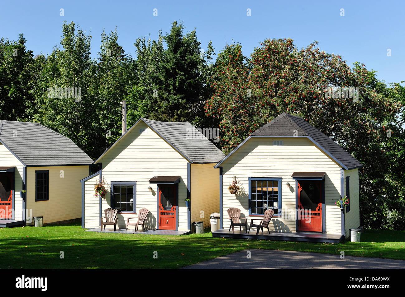 Cabins Canada Motel Rimouski Barn Farm Houses