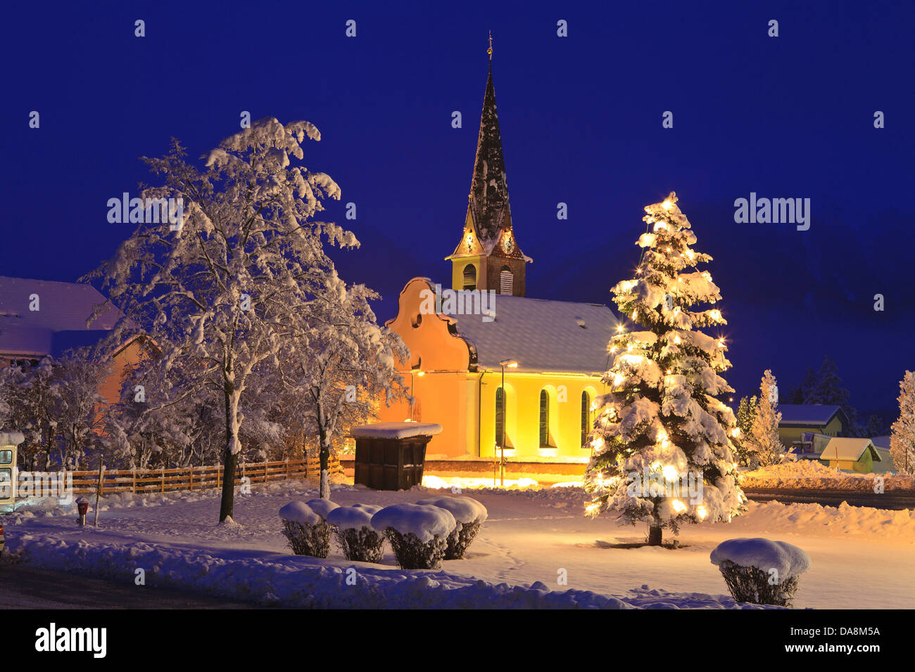 snowy church and xmas - photo #39