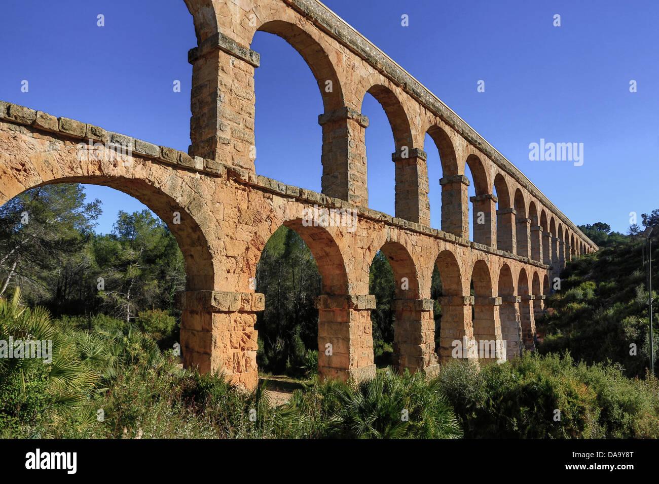 roman architecture aqueducts europe catalonia aqueduct arches