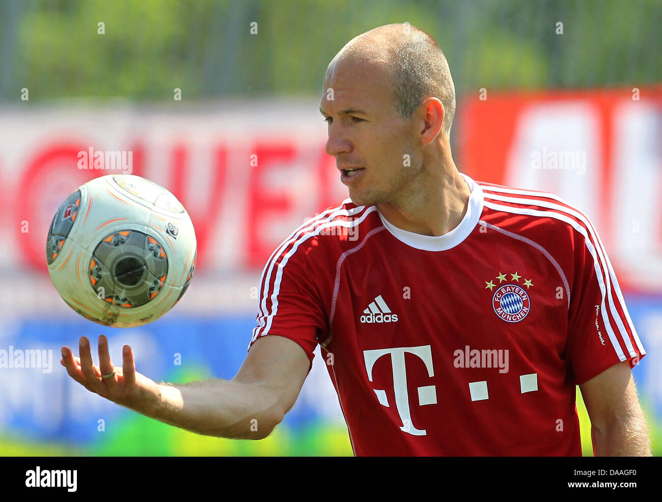 Munichs arjen robben takes part in a training session in arco stock munichs arjen robben takes part in a training session in arco italy 09 july 2013 german bundesliga soccer club bayern munich is holding a training camp voltagebd Choice Image