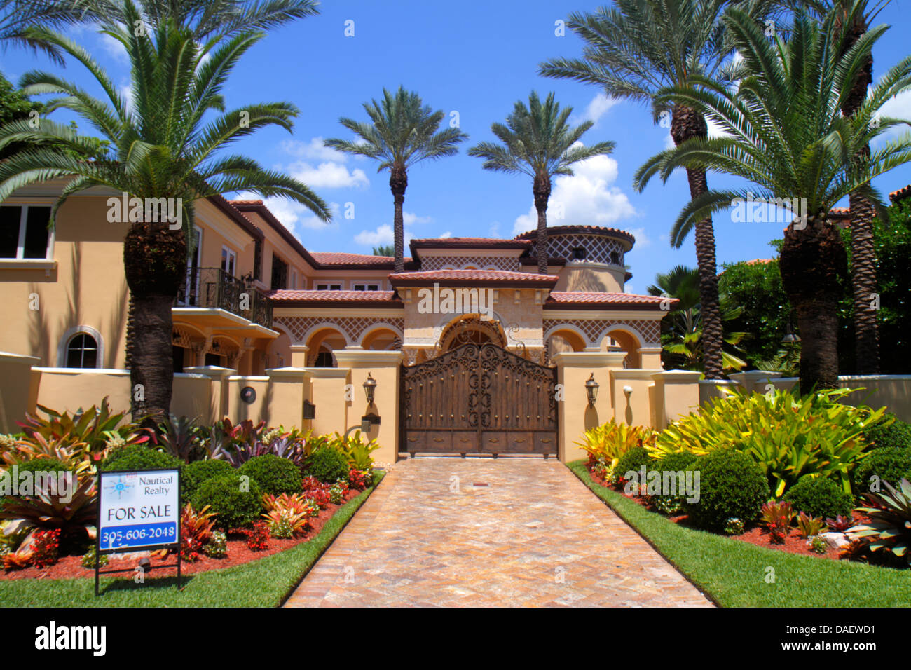 Miami beach florida house home mansion sale sign real for Beach mansions for sale