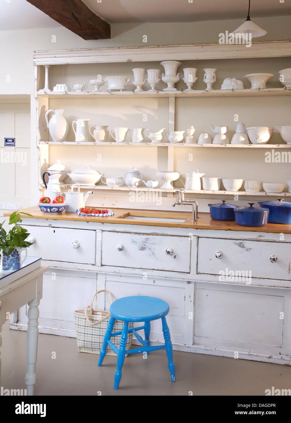 Shelves Above Kitchen Sink Stock Photos & Shelves Above Kitchen ...