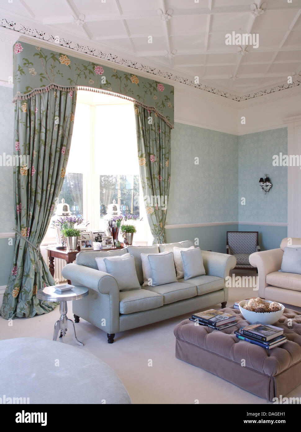 Blue+pink Floral Curtains In Pale Blue Living Room With With Pale Blue Sofa  And Gray Velvet Ottoman