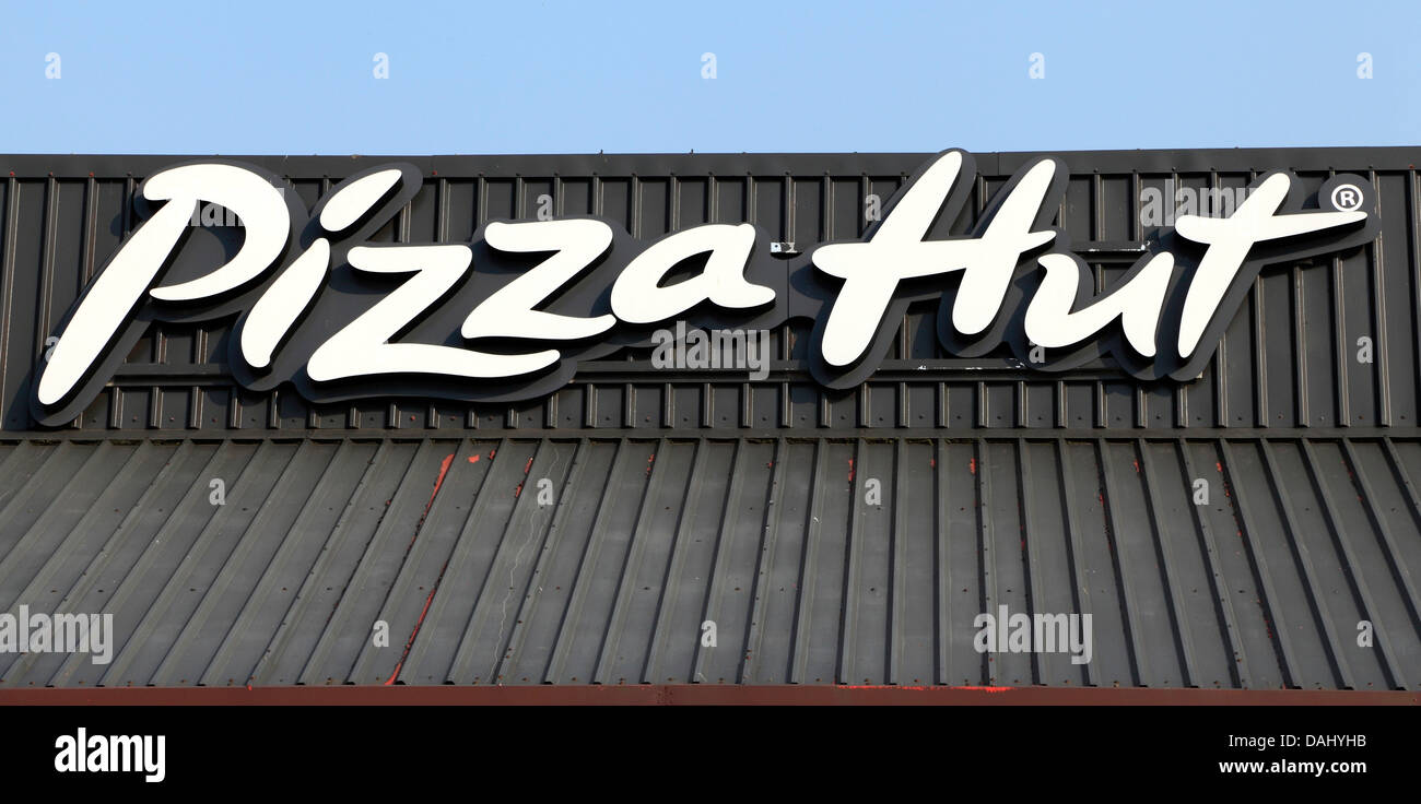 hut sign stock photos u0026 hut sign stock images alamy