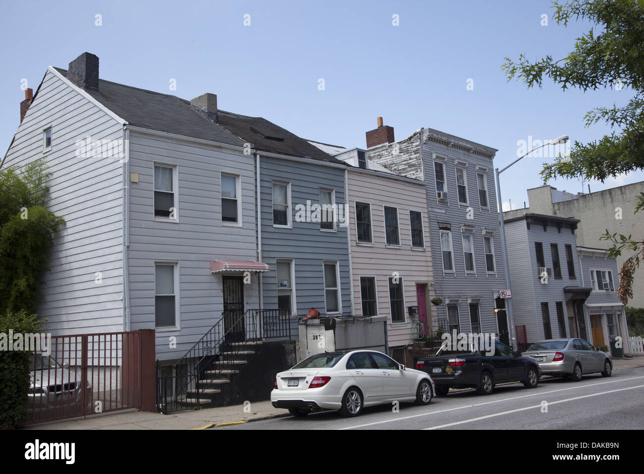 Old frame houses in low3e3er park slope brooklyn ny for Buying a house in brooklyn