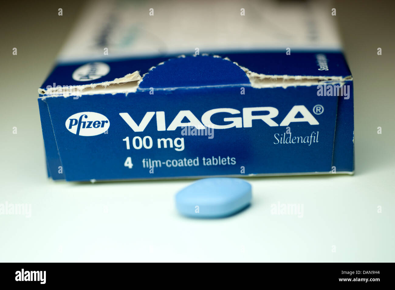 100mg stock photos 100mg stock images alamy