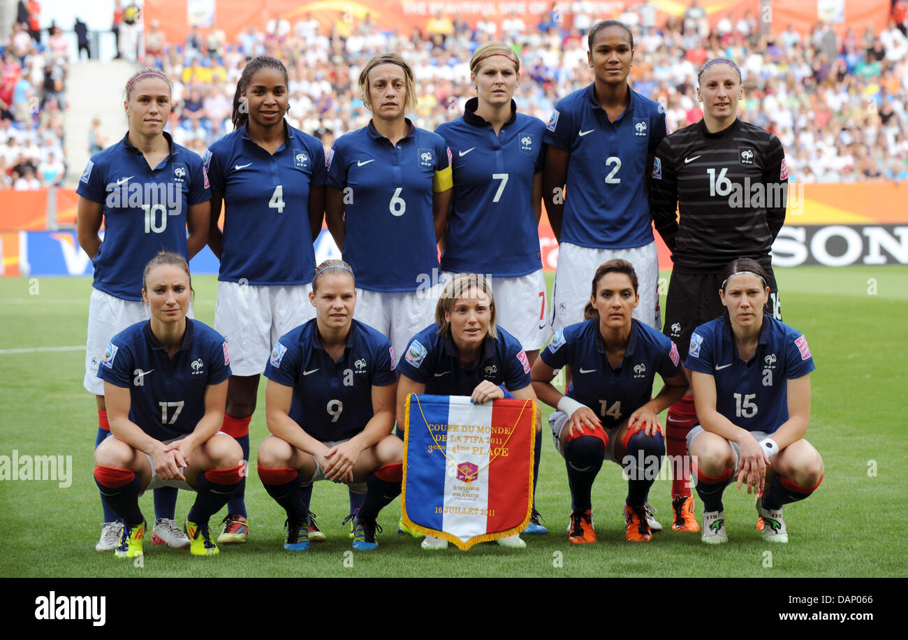 Wendy renard interview - France S Team Back L R Camille Abily Laura Georges Sandrine Soubeyrand Corine