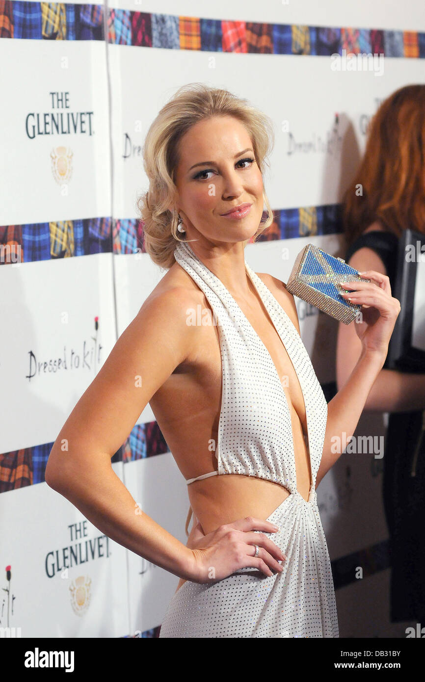 Louise Linton Maxim >> Louise Linton 9th Annual 'Dressed To Kilt' charity fashion show at Stock Photo: 58459295 - Alamy