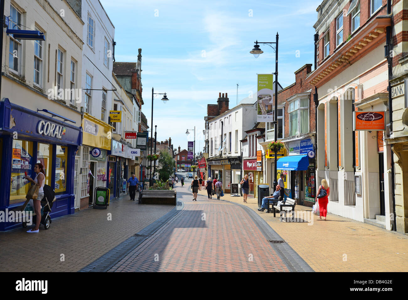 Basingstoke United Kingdom  city pictures gallery : ... Winchester Street, Basingstoke, Hampshire, England, United Kingdom