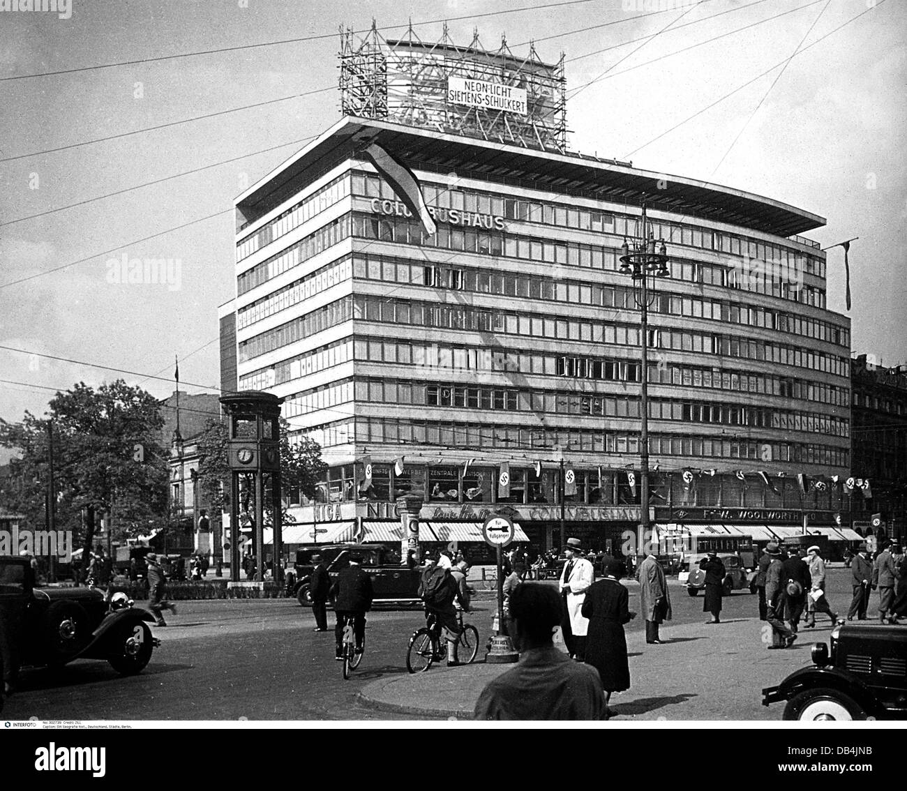 Geography Travel Germany Berlin Columbus House Potsdamer Platz 1934 1930s 30s 20th Century Historic Historical Stre