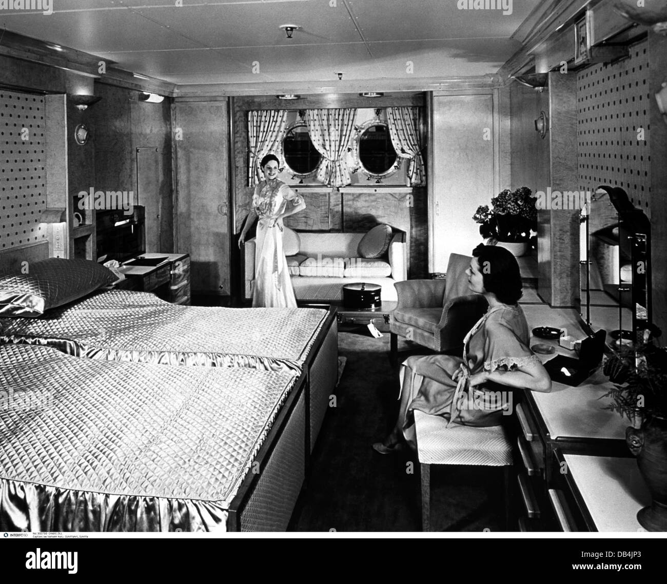 cruise ships 1930s stock photos u0026 cruise ships 1930s stock images